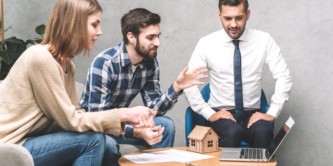 Le courtier immobilier peut-il favoriser l'obtention d'un prêt à faible taux ?