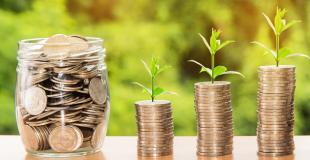 Rachat de crédit sans changer de banque : bonne ou mauvaise idée ?