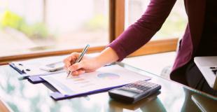 Quels éléments comparer entre plusieurs contrats d'assurances vie ?