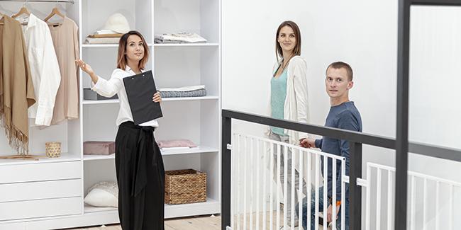 Propriétaire : faut-il louer son logement seul ou via agence ? Avantages et inconvénients